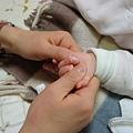 Photos: Hand massage by Tomoko.
