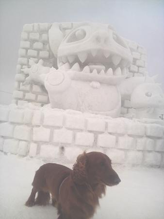 iyon20100209 雪像とイヨン