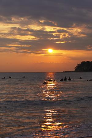 由比ヶ浜の夕陽