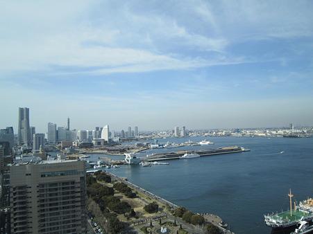 横浜マリンタワー展望台からの眺め