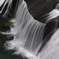 写真: 厳寒の滑津大滝