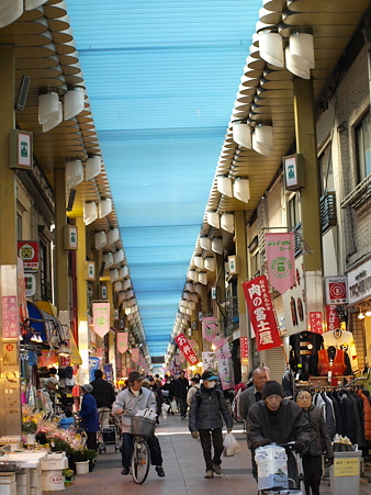 三ノ輪橋の商店街