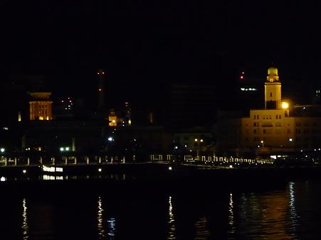 100207-横浜三塔夜景
