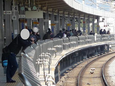 100223-小田原駅 新幹線 (3)