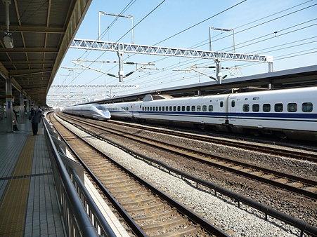 100223-小田原駅 500系追抜き (8)
