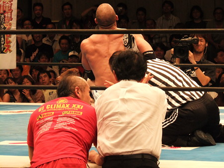 新日本プロレス BEST OF THE SUPER Jr.XIX 準決勝戦 Aブロック2位 プリンス・デヴィット vs Bブロック1位 ロウ・キー (9)