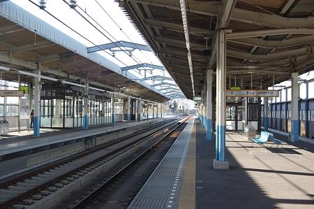 東松戸駅ホーム