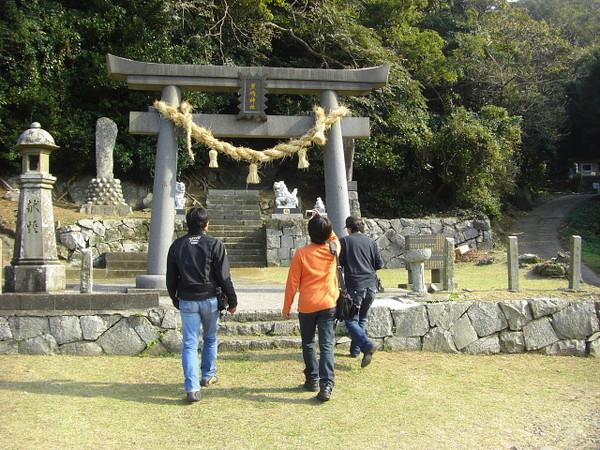 ショートカット神社・・ちがっ・・黒島神社