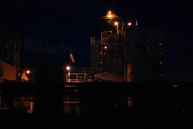浮かぶ工場