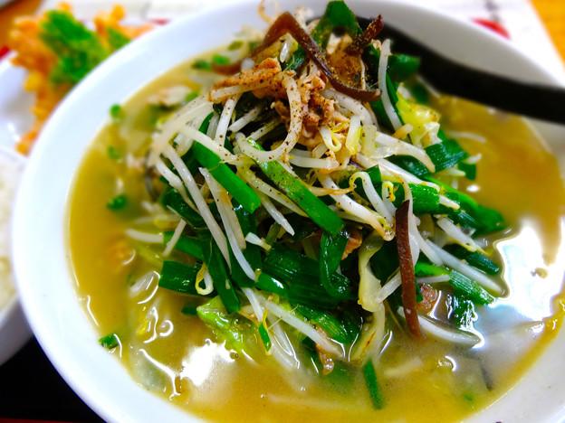 てんしん中華店 日替ランチ ニラ野菜ラーメン 広島市南区的場町 Tianjin