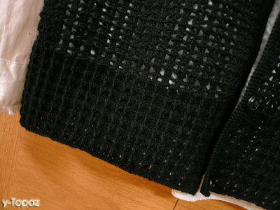 シンプルな黒いベスト3