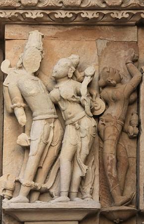 2010.02.01 パールシュバナータ寺院 外壁彫刻-2