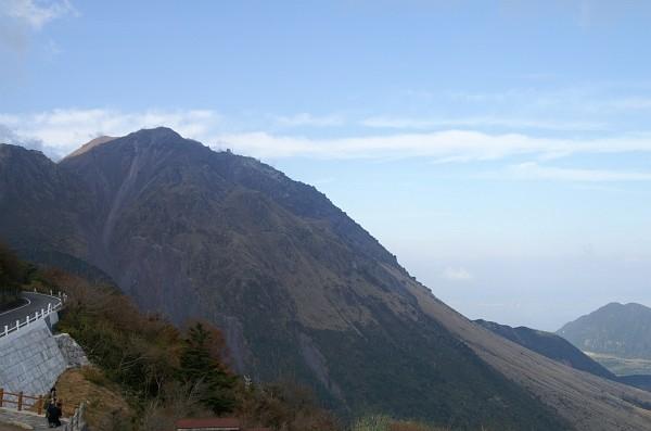 雲仙岳の平成新山09-01