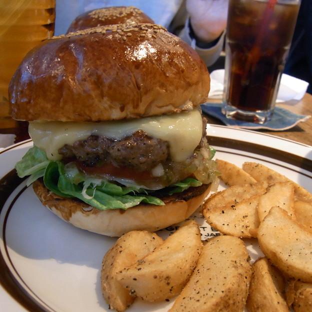 【東京|カフェ・レストラン】 THE GREAT BURGER -TOKYO JAPAN