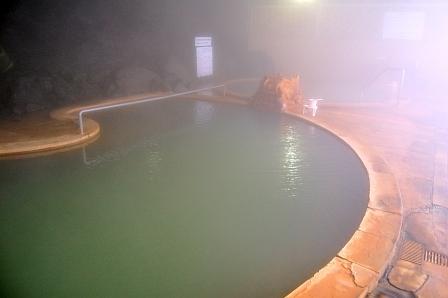 湯面が緑色