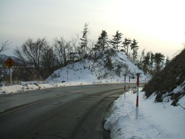 福島県道64号の冬 - 明ル坂 - 4thヘアピン下り