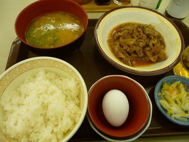 すき家 牛皿とん汁定食