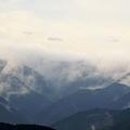 目覚める山々