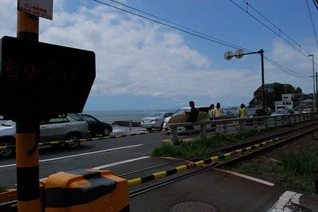 鎌倉高校前近くの踏切