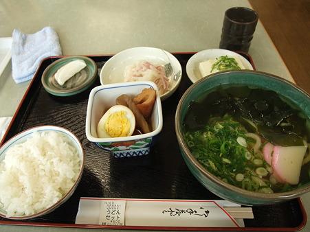 うどんセット(道の駅・かもがわ円城【岡山】)